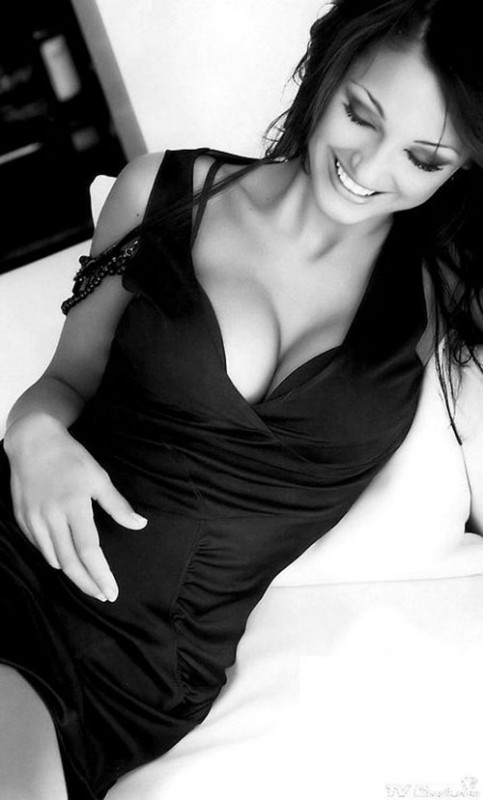 sexy black and white 12