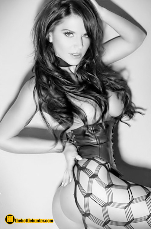 hot-black-and-white-9