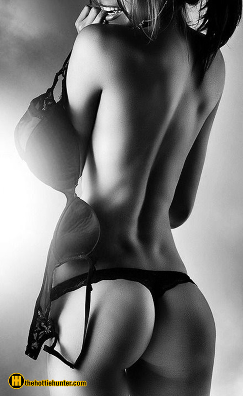 hot-black-and-white-11